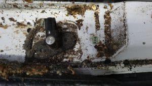 Ohne Laderaum-Ausbau: unhygienische Zustände durch Schmutz und Lebensmittelreste